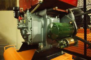 Компрессор с дизельным двигателем
